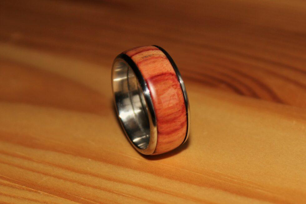 Uwe Witte Ring Rosenholz