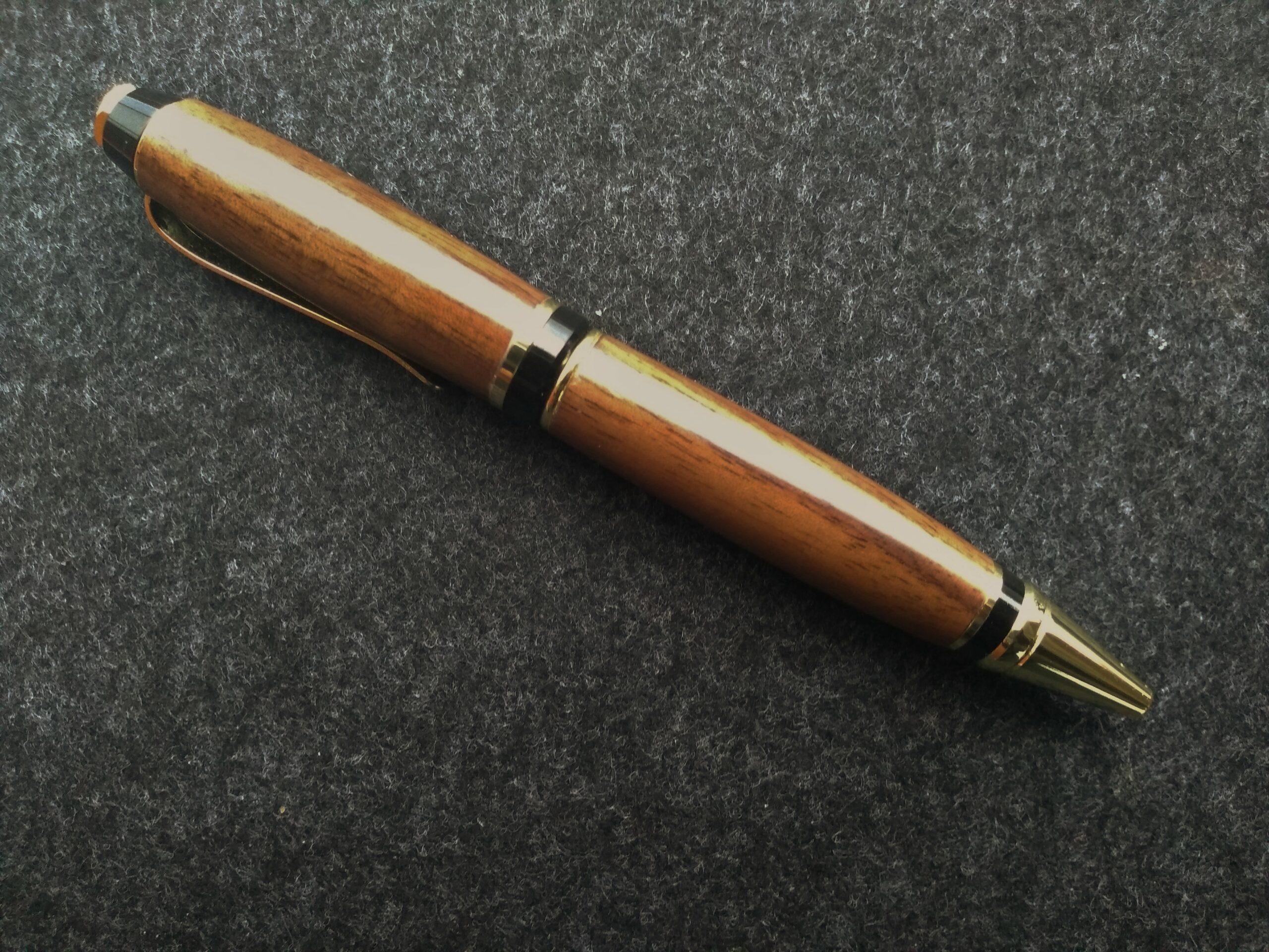 Uwe Witte Kugelschreiber Nussbaum