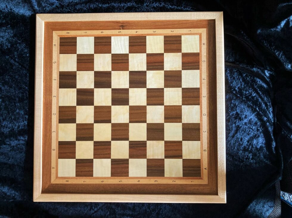 Uwe Witte Schachbrett Ahorn Nussbaum